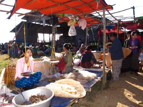 "Not sure what they're selling. Venue: 5 day ""moving market"" in Lake Inle"